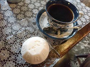 産創館のお向かいにある「ゼー六」でコーヒータイム