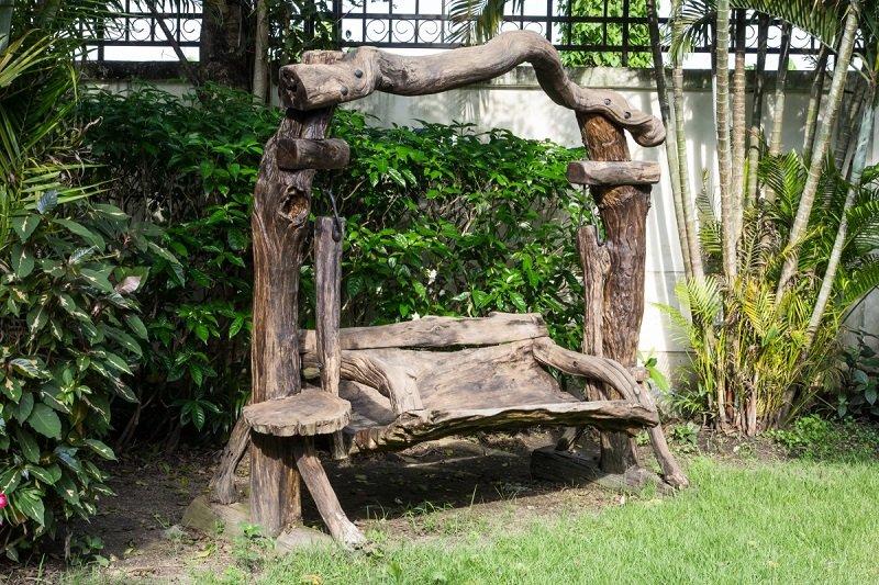 мебель из коряг