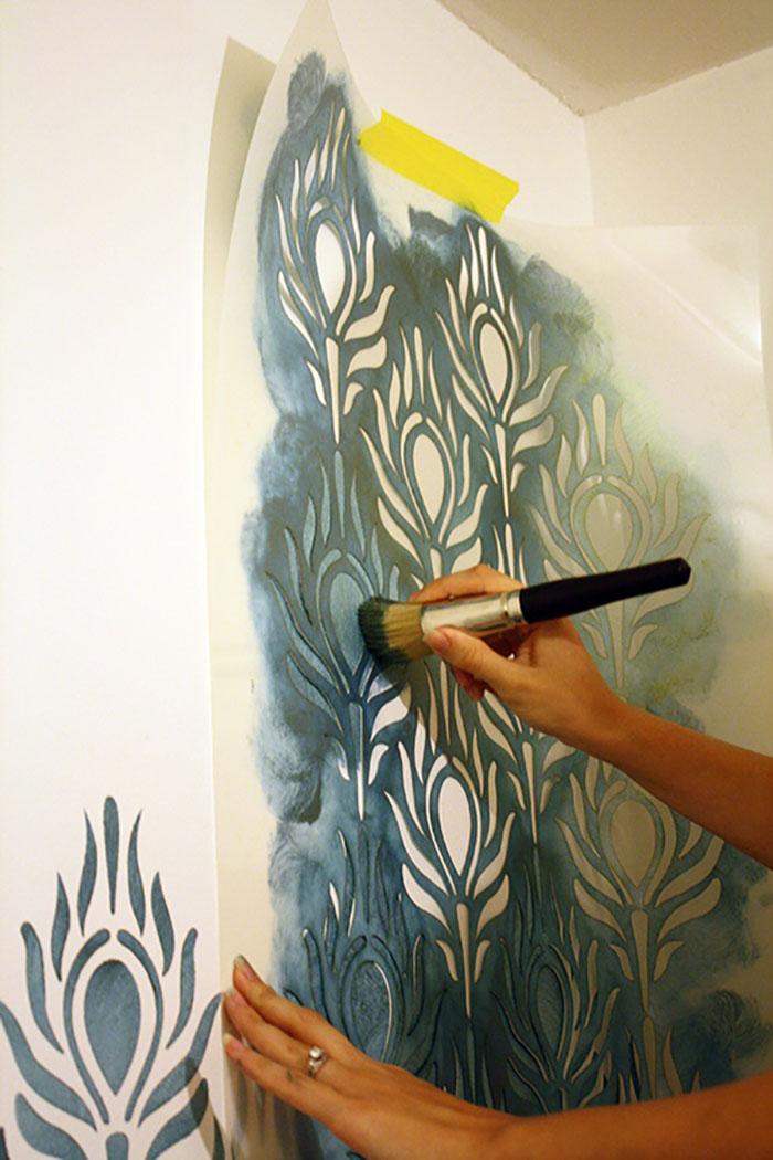 техника росписи стен