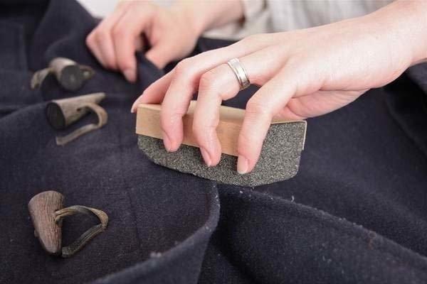 пемза чистит пальто