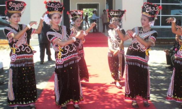 Tari Ma Bundu Sulawesi Barat