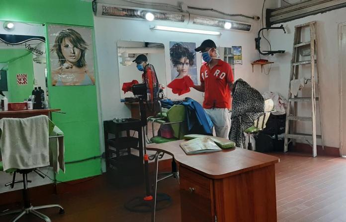 Barbero en cuarentena - La Guaira
