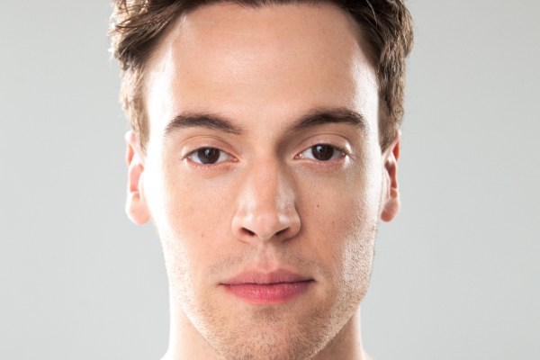 """Erich Bergen debuts his new single """"Running Through The Night,"""" available on all digital and streaming platforms"""
