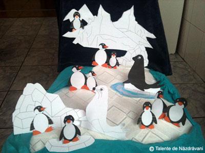 Viața la pol - machetă cu pinguini și foci, decupaj