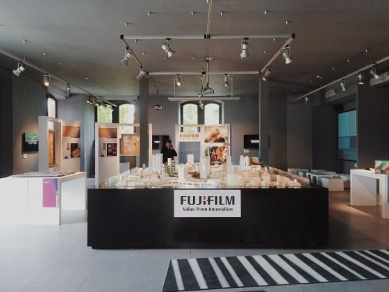 "Fujifilm ""WEPRINT!"" sala-demo allestita al piano terra @ Cristina Galliena Bohman"