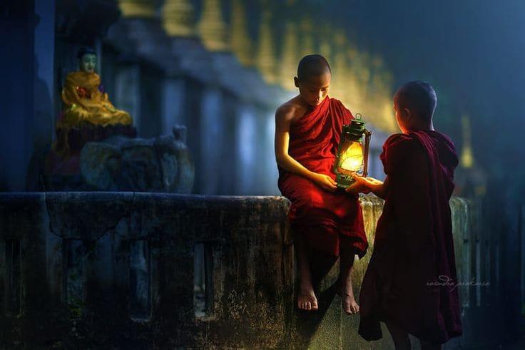 Kis csoportos meditációs táborok, elvonulások.