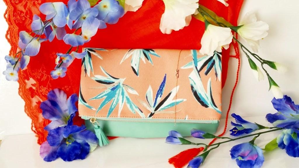 a clutch purse from the fabfitfun spring box