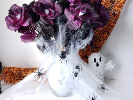 dollar store halloween vase header