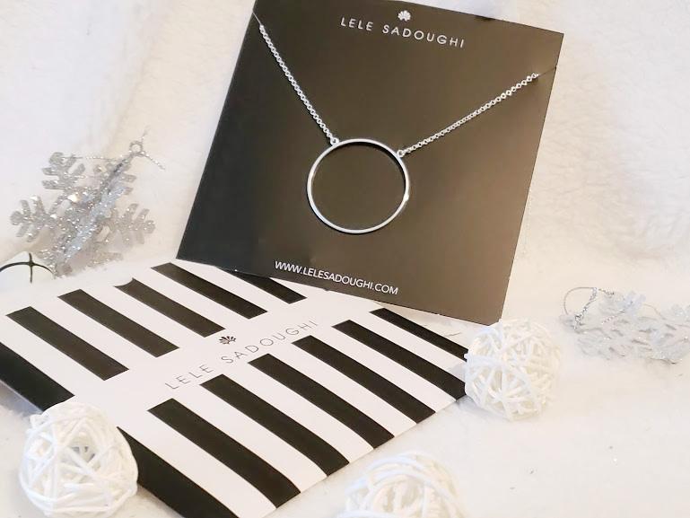 fabfitfun winter box necklace