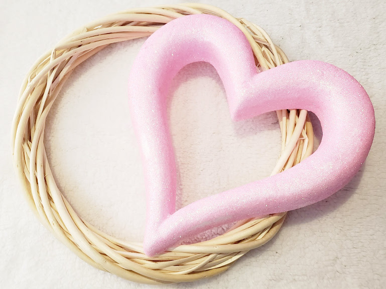 Diy Valentines day wreath step one