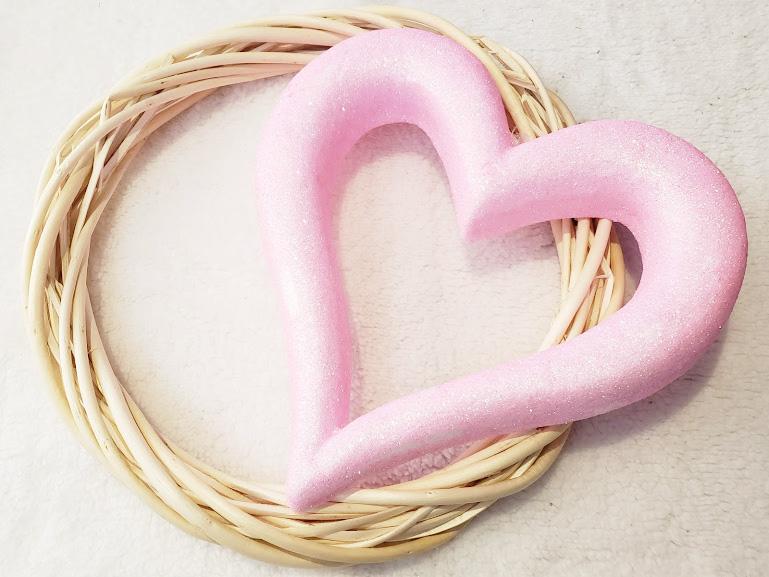 Diy Valentines day wreath step one