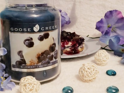 Goose Creek Scented Candles - Blueberry Cheesecake