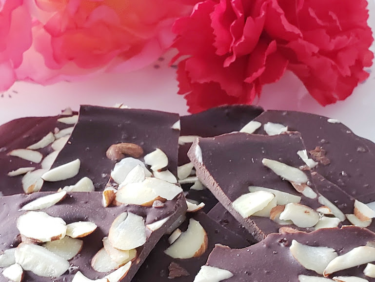 Keto Chocolate Bark