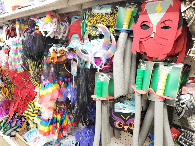 DIY Halloween Costumes, accessories from the dollar store