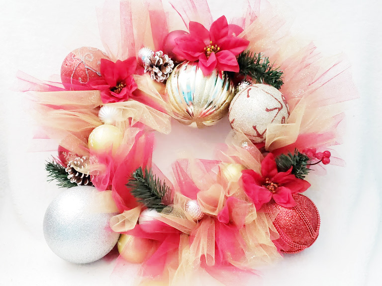 DIY Christmas Wreath from the Dollar Store