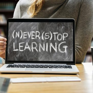 Why online learning is the perfect choice for busy parents