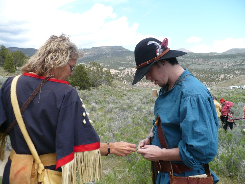 mountain man rendezvous,black powder shooting