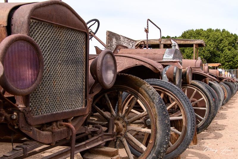 Cloud Museum-A Treasure of Old Rusty Things