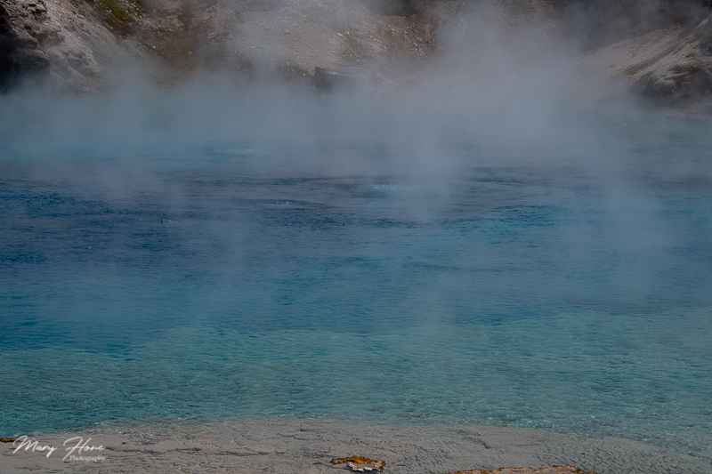 blue water in yellowstone