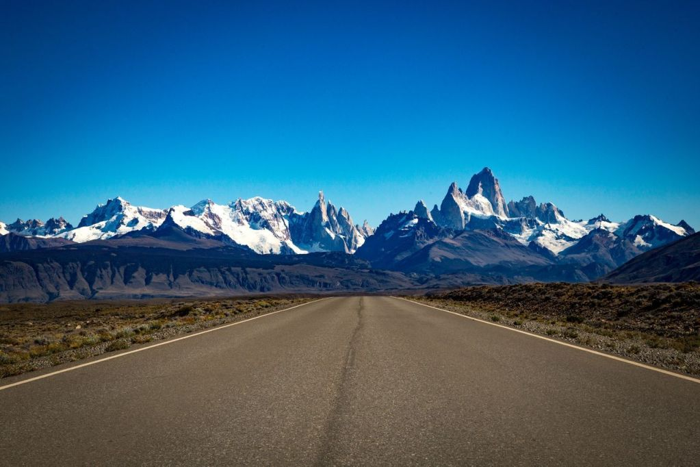 Hitch-Hicking Patagonia Like A Boss!