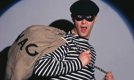 Pickpockets in Barcelona aren't this easy to spot!