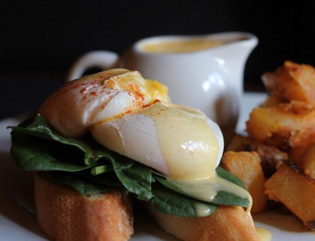 Best Barcelona Brunch - Eggs Florentine at Marmalade