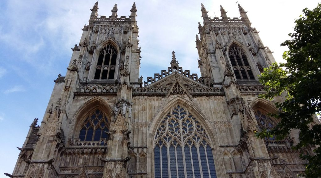 York Minster - Backpacker´s Guide to York on a Budget