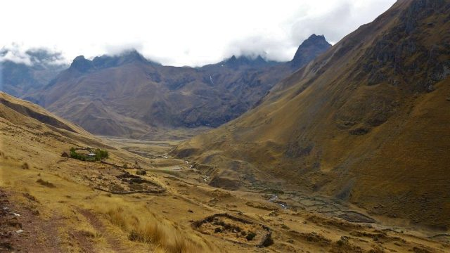 Trekking to Machu Picchu - Altitude on the Inca Trail reaches over 4000m which can lead to altitude sickness at Machu Picchu