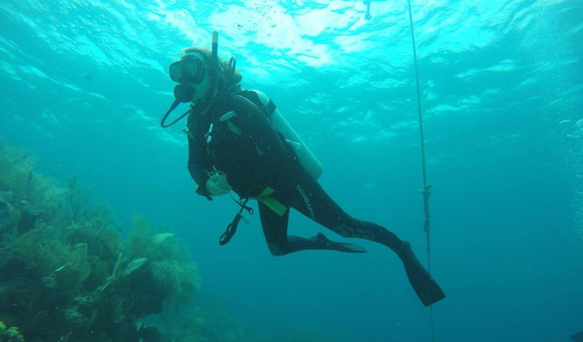 Me Getting Used to Diving in Utila Honduras with Utila Dive Center
