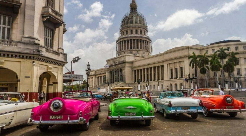 Colourful Classic Cars in Havana - Getting around Cuba
