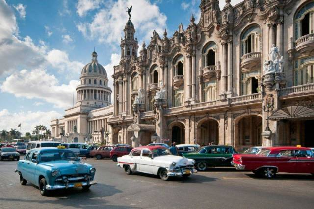 Classic Cars in Havana - Cuba Travel Tips