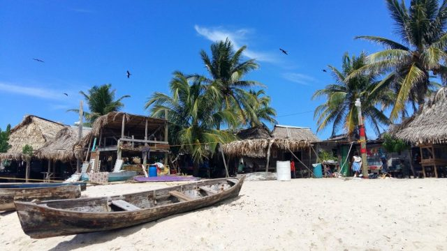 Cayos Cochinos in Honduras - Why Utila is one of the best places for diving in Central America