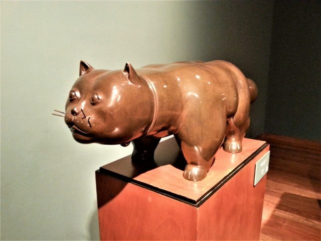 Botero's Fat Cat - Awesome budget things to do in Bogota Colombia - what to do in Bogota for Backpackers