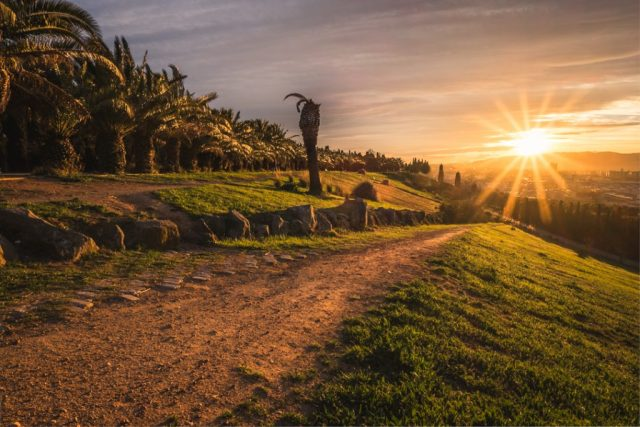 Tips to improve your Travel Photography - Leading Lines