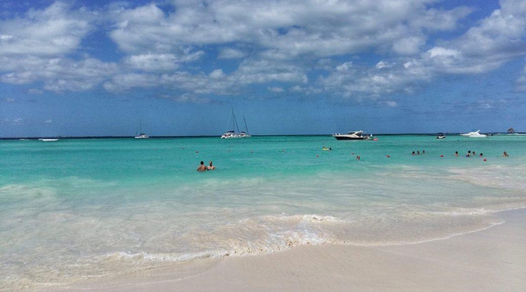 Mermaid Beach Hostel Cancun - The Beach at Isla Mujeres