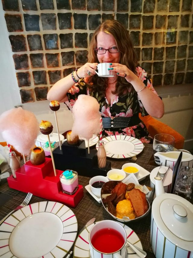 Afternoon Tea in London - London in 2 days itinerary