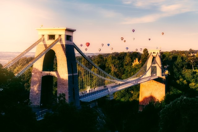 Bristol Balloon Festival - The Best Places to Visit in the UK on a Budget