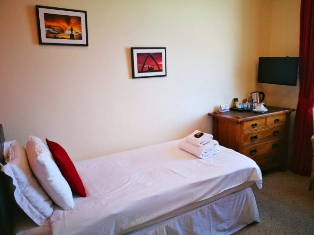 My Single Room at the Riviera Guesthouse in Whitby