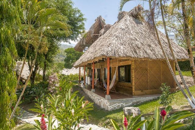 El Retiro Lodge - Best Hostels in Semuc Champey Guatemala. Credit: El Retiro Lodge