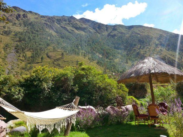 The Garden at Mama Simona Hostel in Ollantaytambo Peru - Hostels in Ollantaytambo