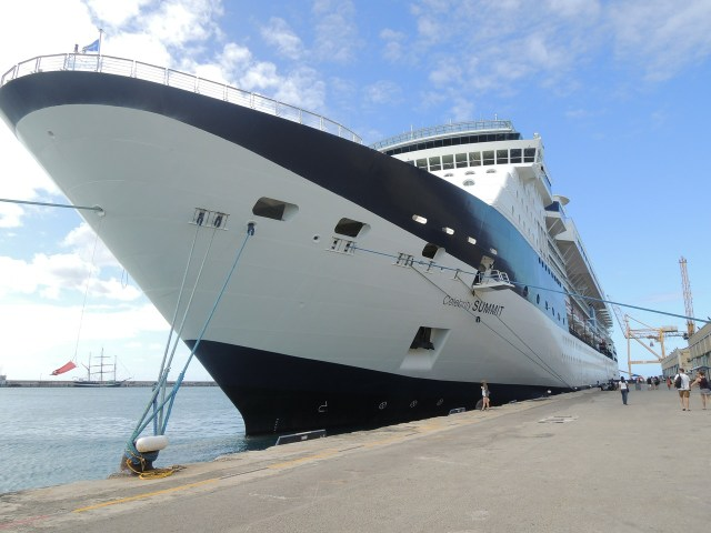 Cruise Ship at Port - Tips for Booking a Cheap Cruise Deal