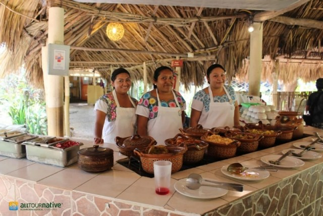 Maya descendants prepare a traditional meal for us