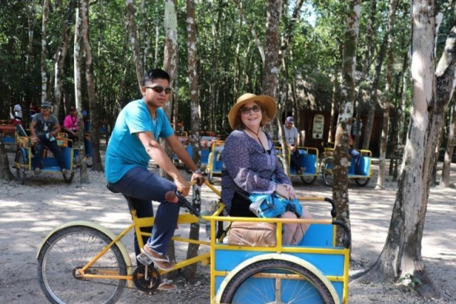 """Our """"Maya limo"""" driver explained the Sacbe that was essential to Maya people"""
