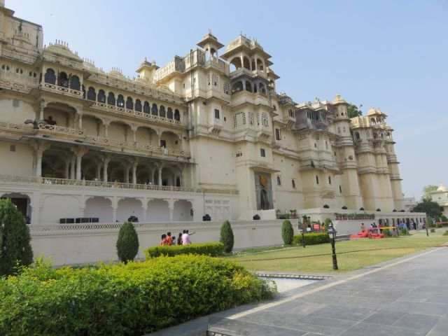 Udaipur City palace in Rajasthan - Fairytale Castles around the world