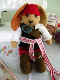 Hand-knitted-Pirate-Bunny5