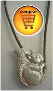 ardilla de plata amuleto