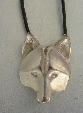 colgante coyote de plata de ley