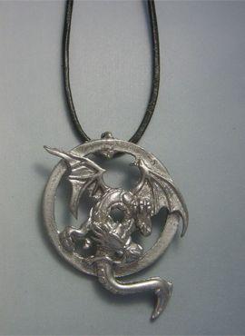 Dragon à deux têtes pendentif en argent