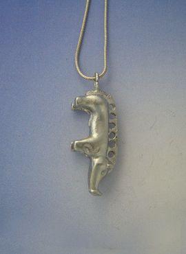 colgante jabalí celta en plata maciza de ley réplica del hallado en Tabor