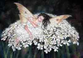 hada jardín rodeada de flores blancas